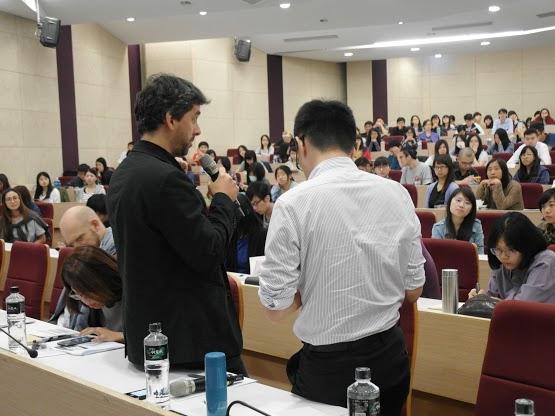 Andrej Haščák přednáší na Tchaj-wanu